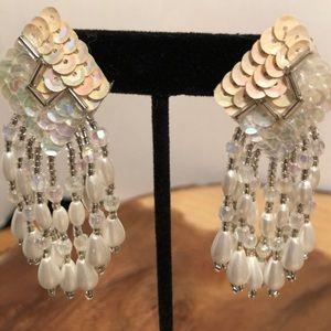 Mother of Pearl Dangle pierced earrings